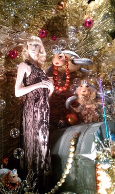 "Central Christmas Windows at Central Chidlom,Bangkok,""Gifts of the Mermaid"", pinned by Ton van der Veer"
