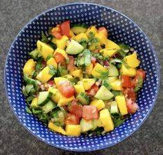 This Vegan Mango Salsa is bursting with fun, summery colours and flavours! The perfect side dish for dinner parties, BBQs, and everything in between! Easy Delicious Recipes, Raw Vegan Recipes, Vegan Foods, Mexican Food Recipes, Vegetarian Recipes, Cooking Recipes, Healthy Recipes, Dip Recipes, Free Recipes