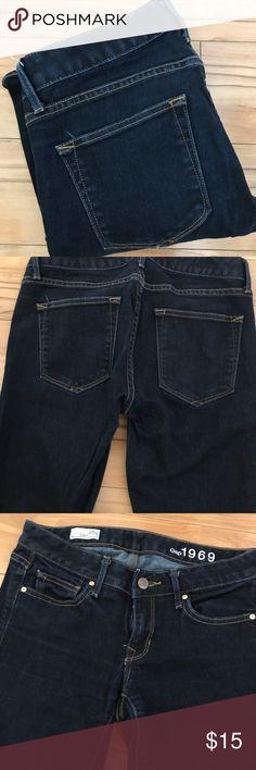 "Gap Dark Blue Denim Jeans, Curvy Boot 25 short Great condition , dark.blue denim boot style  jeans ,,curvy cut ,size 25 s , 1969 logo inside & 31"" inseam ,,nice , good buy ,,from the Gap GAP Jeans Boot Cut"