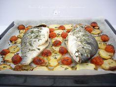 Buon pomeriggio amici, oggi vi presento un secondo piatto di pesce che è un classico della cucina italiana, l'orata al forno con patate e pomodorini, solit