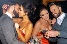 Welcome to Onwuegbu Kelly's blog: Vicky Pattison packs on the PDA with businessman b...