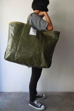 Big Tote Bags, Canvas Tote Bags, Handbags For Men, Sack Bag, Handmade Purses, Branded Bags, Reusable Bags, Ideas, Fashion
