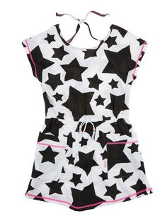 This cute dress printed in big stars, will be your little girl's next best fashion friend #kidsfashion #summer #trendsetter #kids