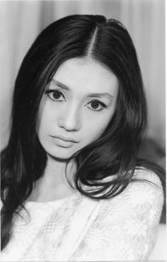 加賀まりこ Mariko Kaga Japanese Actress