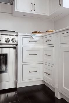 The white custom cabinets, again made from real wood, fit perfectly and are of incredible quality.