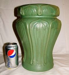 VTG STYLE HAEGER TALL LOTUS DECO MATTE GREEN VASE MISSION ARTS CRAFTS POTTERY