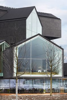 Photographs of the VitraHaus by Swiss architects Herzog & de Meuron Jacques Herzog, Vitra Haus, Beautiful Architecture, Contemporary Architecture, Architecture Design, Arcade, Modern Buildings, Modern Houses, Exterior Design