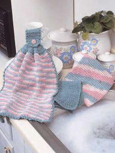 Kitchen Trio free crochet pattern (hanging towel, dishcloth, potholder)