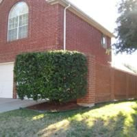 Large corner lot with red brick home. Dream Kitchen has granite counters, stainless sink, island, tile floors & gas cook-top! Wood floor in entry and den! Master down & bath has jetted tub, separate shower & tile floors! French doors to backyard! 2 bedrooms plus gameroom up! Separate laundry room! Check out the Cimarron Park Family Aquatic & Rec Center nearby! - See more at: http://www.texaspriderealty.idxco.com/idx/15598/details.php?idxID=074&listingID=12073586#sthash.s9XWDbQR.dpuf