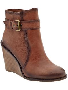 PartriziobyArturo Chiang  The wedge booties are made of great leather that will look good in any season.