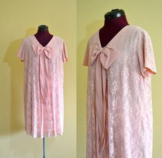 1960s Vintage Evanna Fashions Pink Lace by TabbysVintageShop $45.00