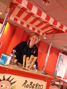 Karen trakteerde vandaag op ijs bij Regardz -Regardz Meeting Center La Vie- Utrecht #ijskar #gelato