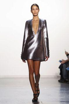The best metallic dress yet! Misha Nonoo Ready To Wear Fall Winter 2015 New York Live Fashion, Fashion Show, Leather Skirt, Leather Jacket, Fashion Week 2015, Metallic Dress, Fall Winter 2015, Runway Fashion, Ready To Wear