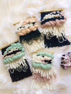 Mini weaving/Woven wall hanging/Wall weaving/Weaving wall