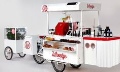 For a fraction of the cost of opening a store front coffee shop, Wheelys 3 offers an e-assist bike cafe with everything you need to start a business. Sustainable Food, Sustainable Design, Liquor Cart, Bicycle Cafe, Mobile Coffee Shop, Coffee Carts, Modern Contemporary Homes, Trendy Bar, Mini Greenhouse