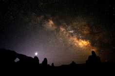 Arches Night Sky by Tom Redd - how to photograph the night sky.