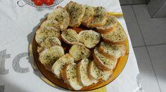 Lanchinho pra 2: torradas com orégano