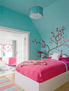 Echa un vistazo a esta gran colección de fotos e ideas para la decoración de habitaciones para adolescentes mujeres, muy femeninas y juveniles.