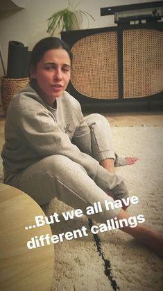 Stories • Instagram Naomi Scott, Instagram