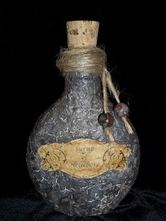 Picture of Eggshell-Covered Potion Bottle
