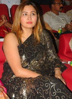 Badminton Player Jwala Gutta 2017 Hot Images In Black Saree TV actress Photographs TV ACTRESS PHOTOGRAPHS | IN.PINTEREST.COM #ENTERTAINMENT #EDUCRATSWEB