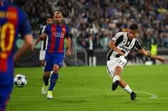Paulo Dybala of Juventus scores his team's second goal during the UEFA Champions League Quarter Final first leg match between Juventus and FC Barcelona at Juventus Stadium on April 11, 2017 in Turin, Italy.