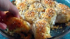 Everything Bagel Pull-Apart Bread is Actually Everything