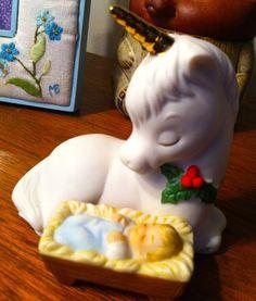 Glass Christmas Unicorn, via Etsy. Christmas Unicorn, Christmas 2019, Yule, Unicorns, Laughing, Party Themes, Handmade Gifts, Glass, Pretty