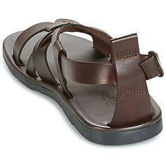 Con su estilo neutro, esta sandalia Dream in Green está al 100% en la tendencia Pero no es su única ventaja : sus correas entrecruzadas están fabricadas en cuero curtido vegetal y esto seducirá a los amantes del medio ambiente. - Color : Marrón - Zapatos Hombre 70,00 €