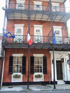 """Hotel Villa Convento, New Orleans, our favorite place to stay.  Said to be the """"house"""" from the song, House of the Rising Sun."""