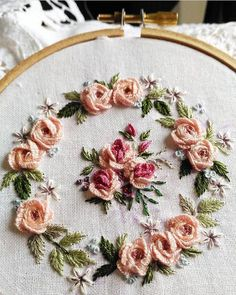 Japanese Embroidery Patterns how to do brazilian embroidery stitches Bullion Embroidery, Brazilian Embroidery Stitches, Hardanger Embroidery, Learn Embroidery, Rose Embroidery, Japanese Embroidery, Hand Embroidery Stitches, Silk Ribbon Embroidery, Embroidery Hoop Art