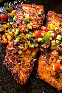This succulent pan seared salmon is wonderfully simple to prepare, topped with a cool and colorful Mediterranean salsa fresca. | thecozyapron.com #pansearedsalmon #pansearedsalmonrecipes #pansearedsalmoncastiron #pansearedsalmonskinless Salmon Dishes, Fish Dishes, Seafood Dishes, Seafood Recipes, Dinner Recipes, Cooking Recipes, Dinner Ideas, Easy Healthy Chicken Recipes, Speggetti Recipes