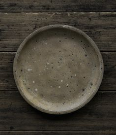 Norikazu Oe Click visit link above for more info Pottery Plates, Glazes For Pottery, Ceramic Pottery, Ceramic Art, Pottery Barn, Wabi Sabi, Japanese Ceramics, Japanese Pottery, Ceramic Tableware