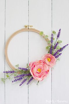 Learn how to make this gorgeous embroidery hoop DIY lavender wreath craft idea in under 10 minutes with minimal supplies! Perfect for your Spring decor!