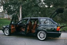 Bid for the chance to own a 1995 BMW Touring Elekta at auction with Bring a Trailer, the home of the best vintage and classic cars online. Wagon Cars, Bmw Wagon, Bmw M5 Touring, Bmw 525, Bmw Love, Bmw Classic, Bmw 5 Series, Top Cars, Car Brands
