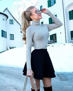 Chic Fall Outfit Ideas You Need This Fall « ellee. Cute Skirt Outfits, Cute Casual Outfits, Cute Skirts, Girly Outfits, Pretty Outfits, Stylish Outfits, Beautiful Outfits, Teenage Outfits, Winter Fashion Outfits