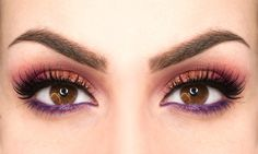 Trucco coloratissimo per occhi scuri: impara a crearlo! - https://www.beautydea.it/trucco-coloratissimo-occhi-scuri/ - Ecco come realizzare un trucco molto colorato ma portabile, sui toni del rosso, arancio e viola! Un trucco unico e magnetico semplice da realizzare.