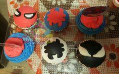 #Cupcakes #SpiderMan #TeamCupcakes 🎂🎉🎊 Pedido especial 🍰 no hay mejor regalo para un cumpleañer@ que unos Cupcakes personalizados.