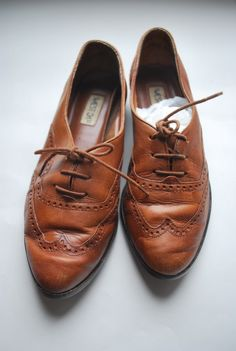 perfect vintage shoes. Adorable