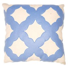 Love the pattern on this square feather pillow.