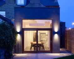 A food-loving family who adore entertaining commissioned this light, bright kitchen/dining extension to their vibrant Victorian home in Dublin Dublin, Mid Terrace House, Bright Kitchens, Victorian Homes, Screen Shot, Extensions, Entertaining, Mansions, Elegant