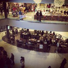 Kahvilla, ostoksilla, Koskarissa. #Koskikeskus