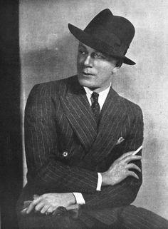 VintageInspiration Cyril Ritchard, 1934