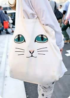 Mother-in-law exclusive Japan Harajuku Cat Street shoot super cute soft paper bag Spot one after another