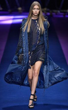 Team Versace  Donatella Puts Naomi Campbell   More A-List Models in Her  Sportiest Collection Yet 68db51523b4