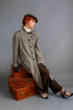 Storewide Sale  1940s Light Brown Tweed Wool Coat. by gogovintage, $72.00