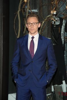 Tom Hiddleston Needs To Start Wearing Glasses Everyday And These Pics Prove It