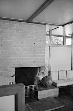 Photo A Thompson Usonian, Clerestory Windows, Frank Lloyd Wright, Phoenix Arizona, Flat Roof, Fireplaces, Interior And Exterior, Home And Family, House Design