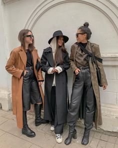 Left, middle or right? Outfits Otoño, Casual Outfits, Fashion Outfits, Fashion Trends, Modest Fashion, Best Mens Fashion, Look Fashion, Fashion Beauty, Grunge Fashion