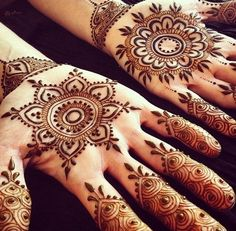 50 Most beautiful Tikki Mehndi Design (Tikki Henna Design) that you can apply on your Beautiful Hands and Body in daily life. Palm Henna Designs, Mehndi Designs Book, Modern Mehndi Designs, Wedding Mehndi Designs, Mehndi Design Images, Beautiful Mehndi Design, Mehndi Patterns, Mehndi Designs For Hands, Simple Mehndi Designs